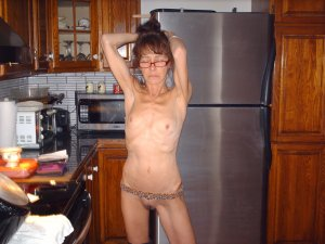 Katja lesbian mom classified ads Arlington TX